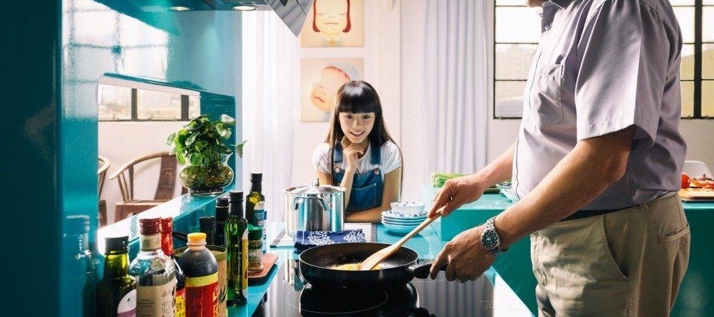 Idei amenajare bucătărie mică: Sfaturi practice pentru un spațiu mic în bucătărie