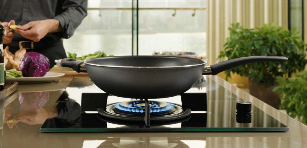 Idei amenajare bucătărie îngustă: Idei utile pentru a profita de tot spațiul din bucătărie