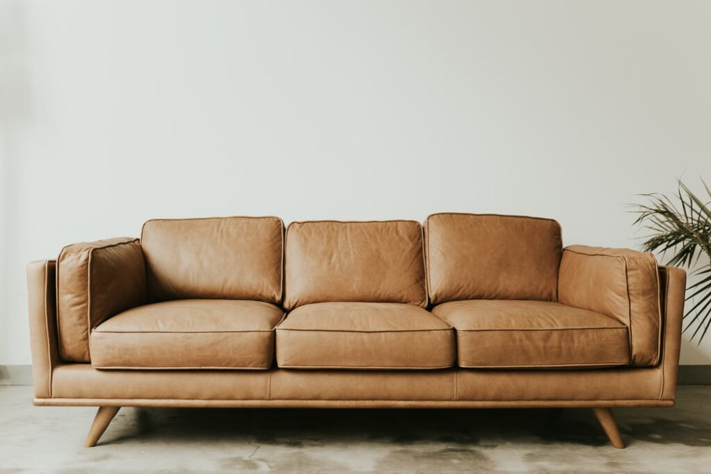 Curatarea canapelelor
