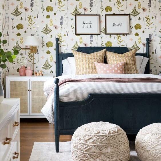 Idei de amenajare a unui dormitor îngust